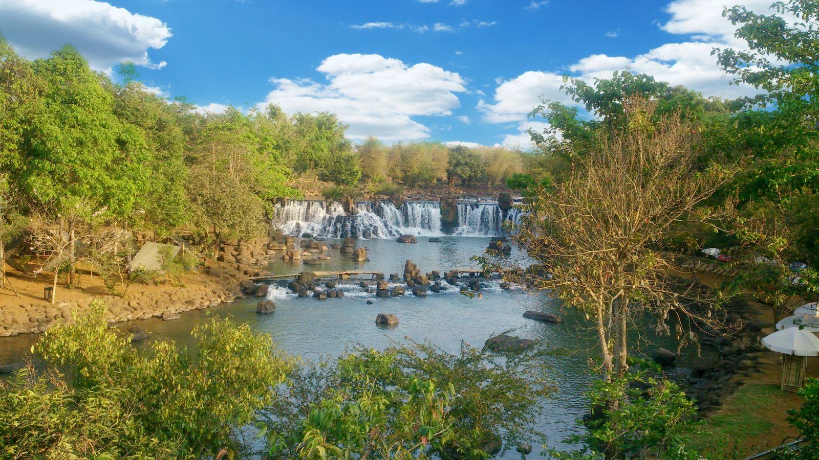 Câu Chuyện Bên Dòng Sông Buông