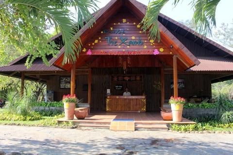 Tre Xanh Hotel